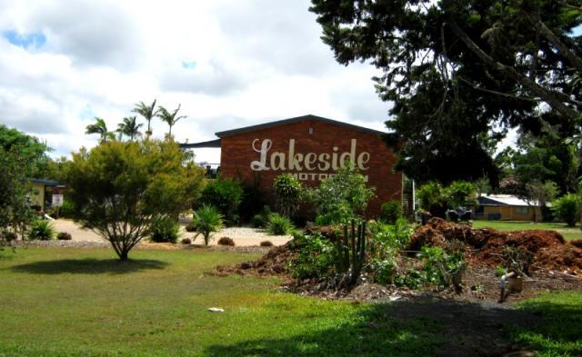 Lakeside+Motor+Inn